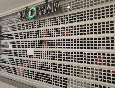 Dørene hos Bagorama på Gulskogen kjøpesenter er stengt.