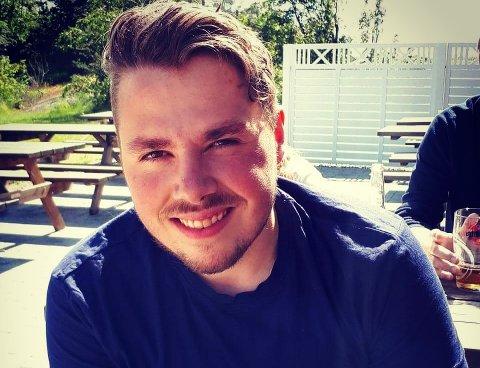 SATSER: Daniel Kristoffer Rinden (23) er en av fire gründere bak Different Days AS.