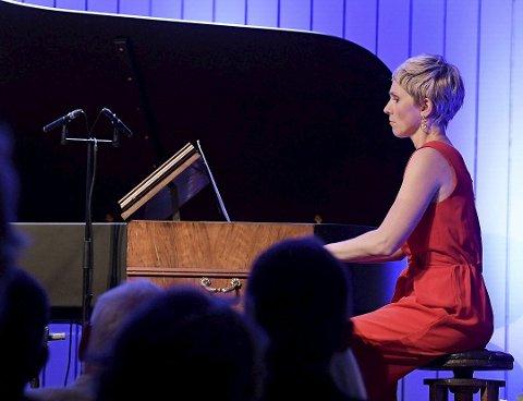 AVLYST: Konserten ved Baroniet Rosendal som Ingrid Andsnes skulle hatt torsdag er avlyst.  (Arkivfoto).