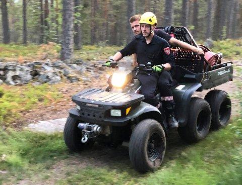 ATV: Rådmannen vil tillata kjøring i skogen på Skrim i forbindelse med NM i orientering til høsten. Her ser vi folk fra Kongsberg brann og redning på en ATV under en skogbrann på Gamlegrendåsen sist sommer.