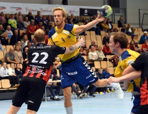 TOPPSCORER: Emil Midtbø Sundal ble Bækkelagets toppscorer med ti scoringer på tyve skudd, og ble kåret til hjemmelagets beste spiller.