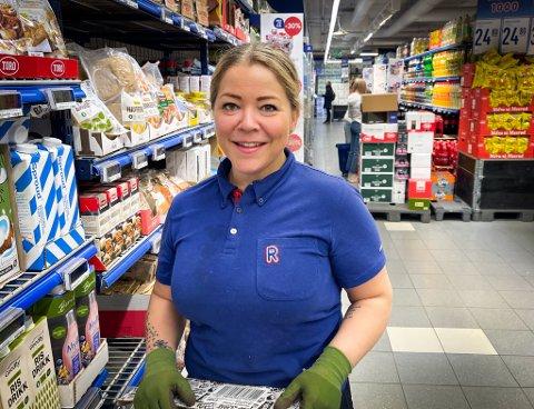 NYE UTFORDRINGER: Etter flere år i Tromsø sentrum skal Kete Bjørnå (40) snart overta butikken på Tomasjord.