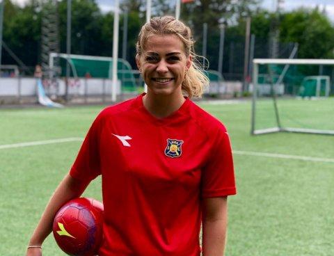 TILBAKE: Ingrid Kvernvolden fikk sin etterlengtede debut for Røa mandag kveld og var nære på å bli matchvinner i sin første kamp på ti måneder.