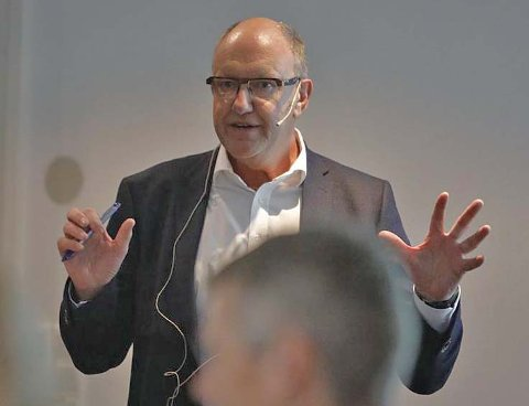 HR-direktør ved Kartverket, Hans Petter Karlsen, mener #metoo-kampanjen setter et viktig fokus. Foto: Privat