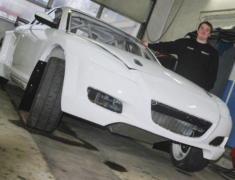 SNART KLAR: Christian Sandmo nærmer seg ny sesong, ny bil og deltakelse i Europamesterskapet i Rallycross.