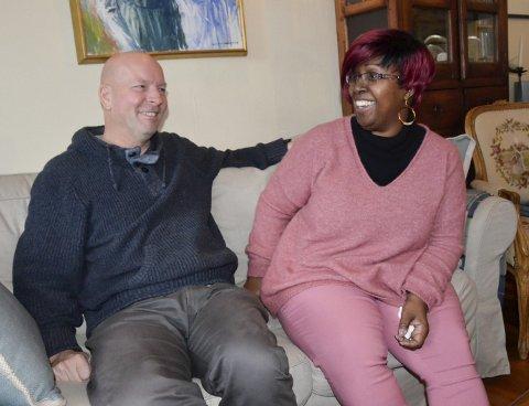 FRIVILLIG: Leif Arild og Petal-Anne møtte hverandre på Barbados i 1990, hvor Petal-Anne kommer fra, og har vært sammen siden. Ekteparet bruker mye tid på frivillig arbeid i Sierra Leone, og nå gleder de seg til å åpne et nytt barnehjem der.
