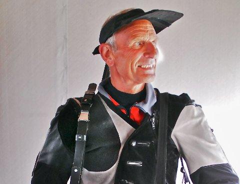 KNEPENT SLÅTT: Odd Kolsrud fra Begnadalen opplevde et sjeldent tap på Fagernes i helga. Men han kom sterkt tilbake allerede i Øystre Slidre og vant der. I tillegg reiste han over til Østerdalen og deltok på tre konkurranser søndag. Han vant alle tre.