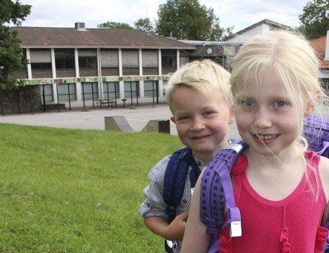 Sammen: Ine Marie Nielsen (6) og Embrik Øyehaug Færavaag (6) mente begge de var klare for skolestart.