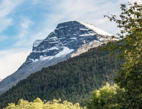 Skarfjellet. Foto: Lars Steinar Ansnes.