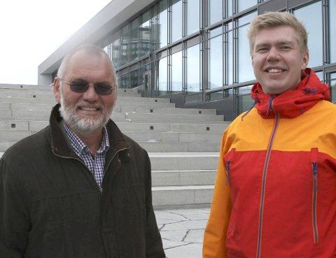 ÅPNER: – Narvik burde bosatt dobbelt så mange som det de gjør nå, mener Geir-Ketil Hansen (t.v.) og Vegard Johan Jæger.