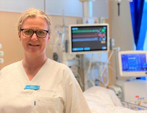 FORBANNET: Kari Bue står hver dag i situasjoner med alvorlige syke covid-pasienter og mener brenning av munnbind og protester er respektløst mot dem som er rammet.