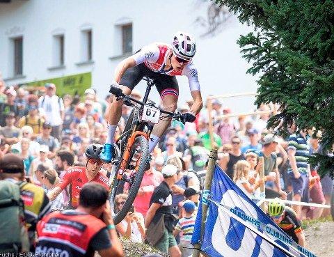 NORGESMESTER: Erik Hægstad vant rundbanerittet under NM i terrengsykling.