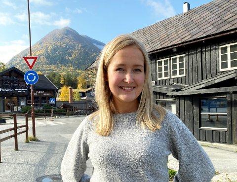 Dagleg leiar i Visit Jotunheimen, Marit Tangvik, trur det vil vere gunstig å bli sertifisert som berekraftig reisemål.