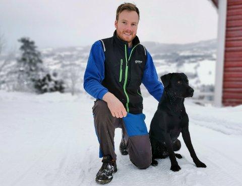 HAR KOMMET HJEM: Lars-Amund Skari og kompisen Balder er klare for nye utfordringer på Hadeland.