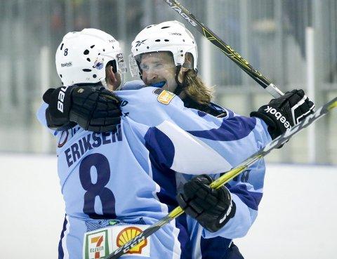 André Bøen Eriksen (t.v.) scoret ett av Seagulls mål. Men gjestene fra sørfylket vant kampen.  Foto: Jan Kåre Ness