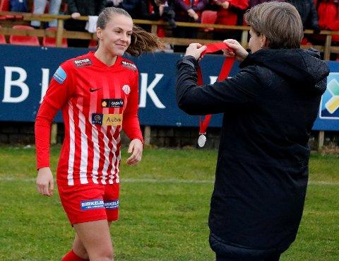 Nathalie Jøssang Utvik og Avaldsnes klarte ikke å slå den nye klubben til gamletreneren Per Inge Jacobsen.