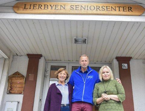 MIDDAG: 22. oktober starter prøveprosjektet. Ragnhild Malm (t.v.), Knut Pettersen og Lillian Nagel tror det blir god respons.
