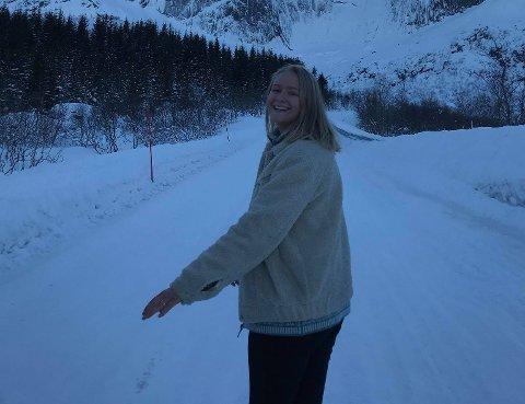 Dina Hanssen ser frem til å begynne på folkehøyskole.