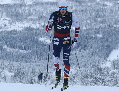 BYGGER FORM: Jørgen Lippert har i lengre tid rettet treningen mot å prestere under junior-VM og fant ikke fram den raskeste takten til norgescup-starten. Likevel ble det en sterk 3. plass på sprinten.FOTO: ERIK BORG