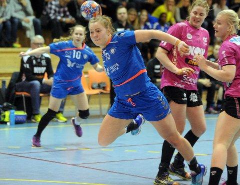 FORLATER OPPSAL: Vilde Mortensen Ingstad har spilt sin siste kamp for Oppsal og flytter nå til danske Team Esbjerg. Foto: Solfrid Therese Nordbakk