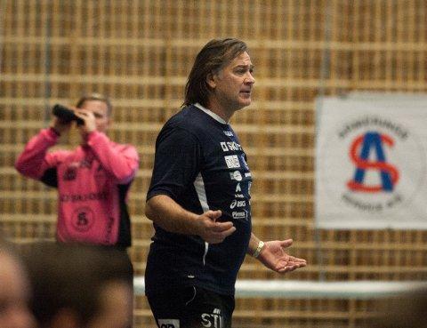 OPTIMIST: Follo-trener Valter Perisa håper på opprykk.