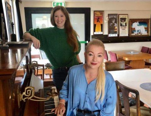 PÅ SCENEN:  Liv Neslowe og Monica Sik Holm inviterer til konsert i Bølgen lørdag.