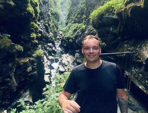 Joachim Haraldsen, bedre kjent som Noobwork sier han syns det er uvant å skulle ta helt ferie.