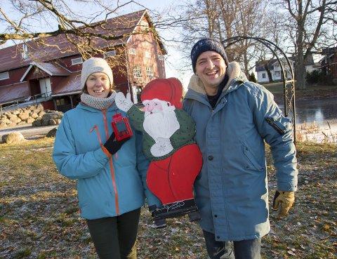 INVITERTE: Virginija Sinickiene og Helge T. Zimmer åpnet dørene hjemme på julaften.