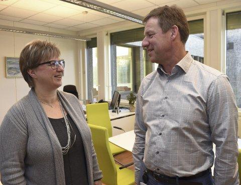 JA: Rådmann Per Morstad fikk med seg ordfører Eva Norén Eriksen og resten av politikerne på utsettelse.
