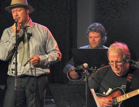 FAST:.Rino Larsen Roar LIndberg er fast innslag på Singers Lounge.