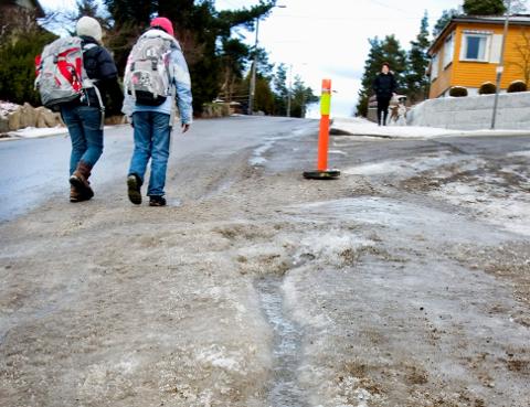 HÅLKE: Slikt hålkeføre kommer det til å bli mer avi årene som kommer på grunn av klimaforandringene. (Foto: JOHNNY HELGESEN)