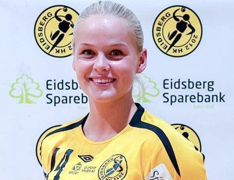 BLANDEDE FØLESER: Rikke Midtfjeld gleder seg enormt mye til å komme ordentlig i gang i sin nye klubb, Aker Topphåndball i Oslo. Samtidig vet håndballtalentet at hun kommer til å savne gamleklubben HK Eidsberg veldig.