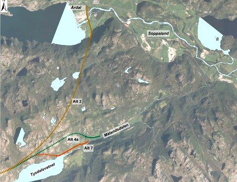TRE ALTERNATIV: Statens vegvesen vil arbeida vidare med tre alternativ til rassikring mellom Årdal og Melkeråna i Tysdalsstranda.