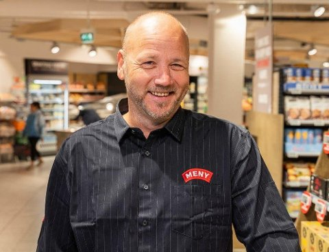 GOD BUTIKK: Andreas Finsrud har bygget seg opp innen dagligvarehandelen med selskapet Butikkpartner. Deres første kjøp var Lietorvet i Skien. Foto: Privat