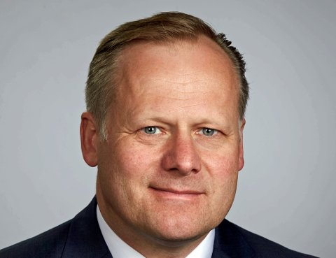 RYDDER OPP: Direktør Trond Rønningen i Forbrukertilsynet trenger 15-20 nye jurister for å rydde opp i køen av klager som bygget seg opp under koronaen. Foto: Jan Enoksen