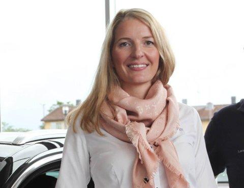 FORNØYD: Betydelige avsetninger til gjenkjøp gjør at driftsresultatet i 2019 ble dårligere enn den underliggende driften skulle tilsi, mener regiondirektør Marte Helleland i Møller Bil.