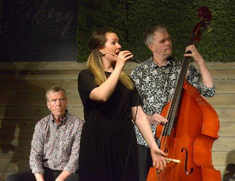 Ingrid Eggen med Arne Eggen og Glenn Erik Haugland.