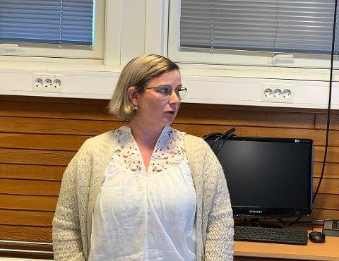 NULL SMITTE: Kommunelege Kathrine Pedersen sier det fortsatt ikke er på vist noe koronasmitte i Risør kommune