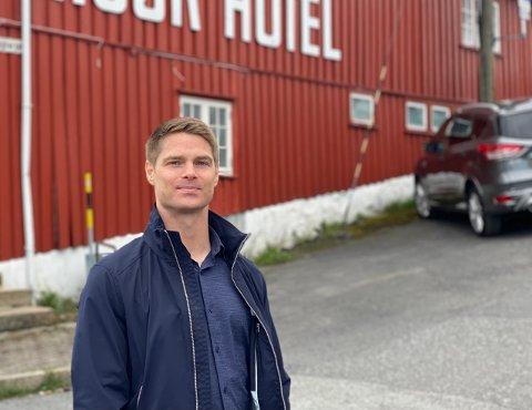 – Et kryptoangrep på denne tiden er ganske kritisk. Det er nå bestillingene for sommeren skal inn, sier direktør Christian Lyngholm ved Risør Hotel.