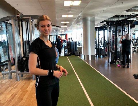 Hanne Marie Giertsen kjøpte inn treningsutstyr til å ha hjemme da sentrene holdt stengt, men det ble ikke det samme.
