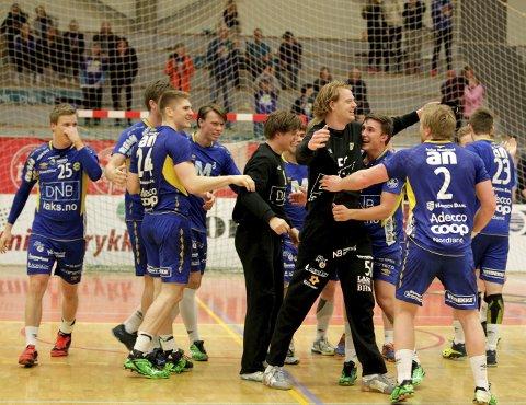 Glede: I fjor vant BHK en jevn og spennende kamp mot Drammen med 24–23. Det blir garantert spennende onsdag også. Foto: Bjørn Erik Olsen