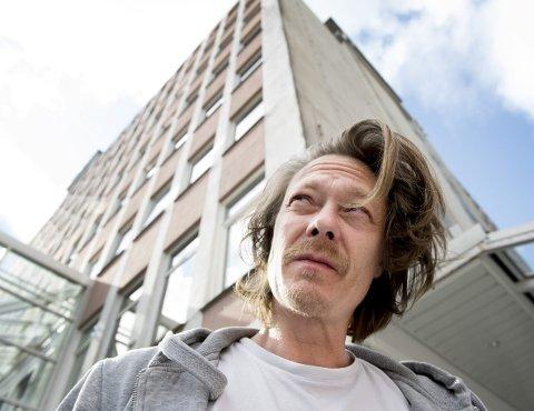 Kristoffer Joner var en tur i Bergen tirsdag ettermiddag for å overvære       bergenspremieren på «Bølgen»-oppfølgeren «Skjelvet».