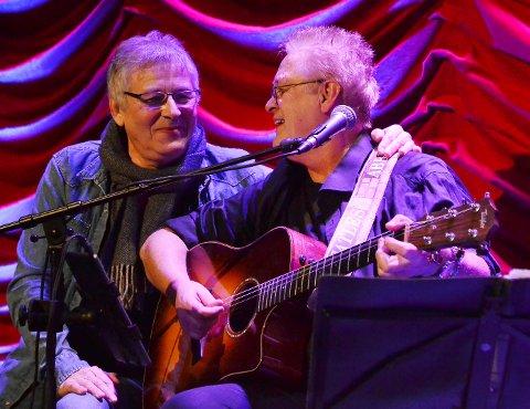 Nick Borgen og Frank Åse – to gode venner gjenforent på scena. (Foto: Fredrik Sørensen)