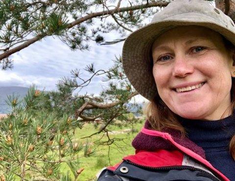 På sanketur: Kristine Enger liker godt å sanke ville vekster til matlaging.