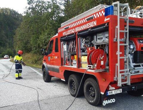 ULYKKE: Fredag var det ei trafikkulykke i Hyllestad. Alle naudetatane var på staden.