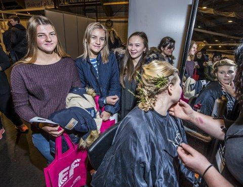 Har bestemt seg: Catrine Andersen (f.v.), Thea Christensen og Terese Bjørnholm har alle bestemt seg for hva de vil velge på videregående, men det blir ikke frisørlinja.Alle foto: Geir A. Carlsson