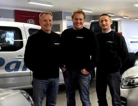 Her Ole Voje (styreleder), Øyvind Hunstad (daglig leder) og  Hans Arne Høgbakk i Autocenteret.