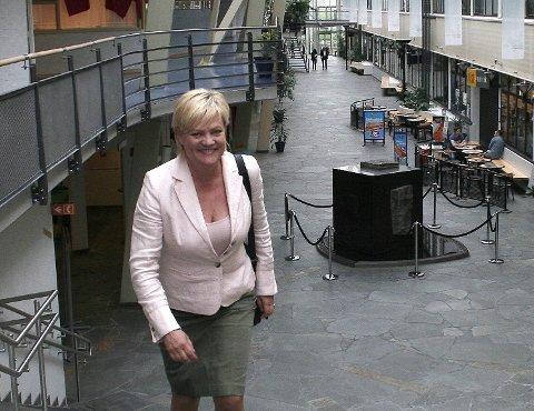 GLEDER SEG: Kristin Halvorsen, tidligere kunnskapsminister, gleder seg på Narviks vegne når det nye Krigsmuseet offisielt nå åpnes. – Jeg syntes vel at de gamle lokalene var litt stusslige, sier hun som satt med ansvaret da saken passerte gjennom departementet. Arkivfoto
