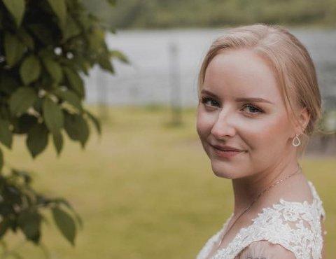 FIKK FAST JOBB: - Jeg er veldig fornøyd med å ha fått fast jobb, og jeg er veldig fornøyd med at det ble på Olderskog skole, sier Jeanett Løseth (25). Selv gikk hun barneskolen på Fauske, men er nå tilbake i hjembyen Mosjøen.