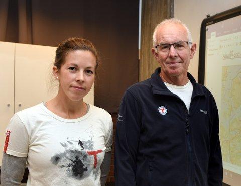 SKUFFA: Kjell Yri og Mari Teigen Varanes i Kvinnherad Turlag er begge skuffa over NVE sitt ja til Onarheim kraftverk. (Arkivfoto).